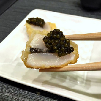 Bite of the Week: Scallop with Caviar and Black Truffle from Tempura Endo